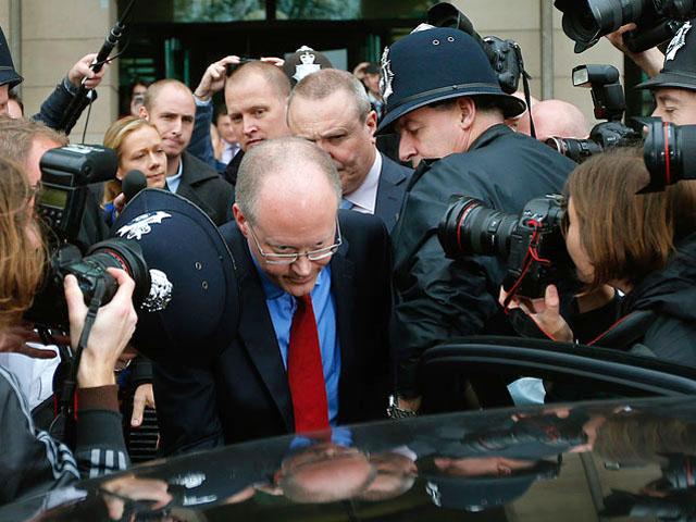 Генеральный директор BBC Джордж Энтуисл ушел в отставку.