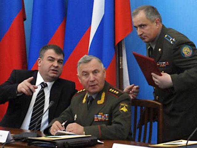 Военно-реформаторский тандем ушел в полном составе.