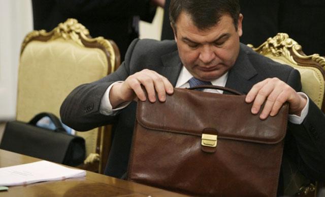Анатолий Сердюков отправлен в отставку