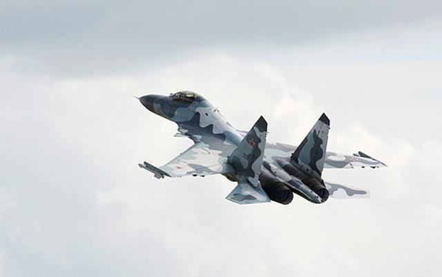 Уполовиненный китайский контракт на истребители Су-35
