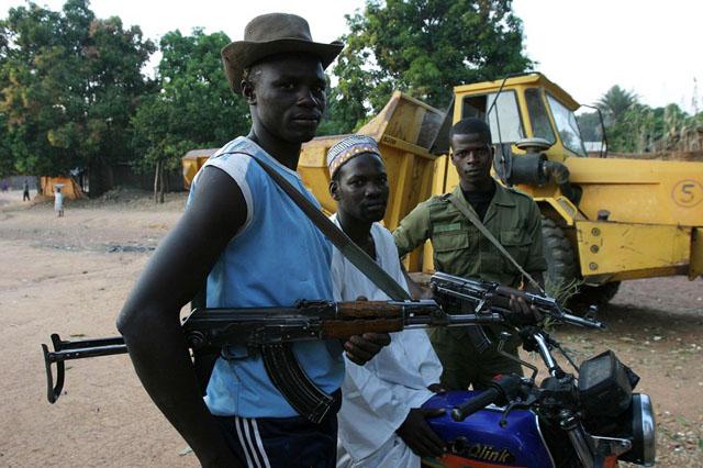 Франция оставляет африканское поле боя