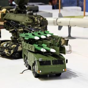 Новости 17.12.2012: Россия рекордно много заработала на экспорте оружия.