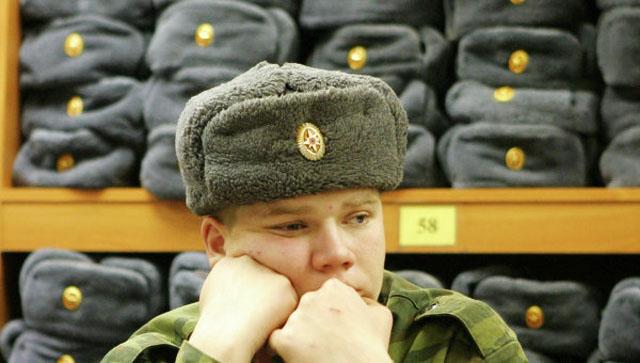 Вслед за портянками российская армия откажется от шапок-ушанок
