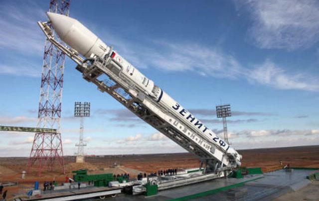 """На ракете """"Зенит"""" могло произойти аварийное выключение двигателя после отклонения от расчетной траектории"""