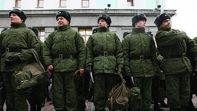 Солдат смогут посылать в горячие точки через 4 месяца с начала службы