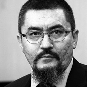 Для разрешения вопроса с Сохом и другими эксклавами нужна военная база РФ в Оше и пятисторонняя международная комиссия