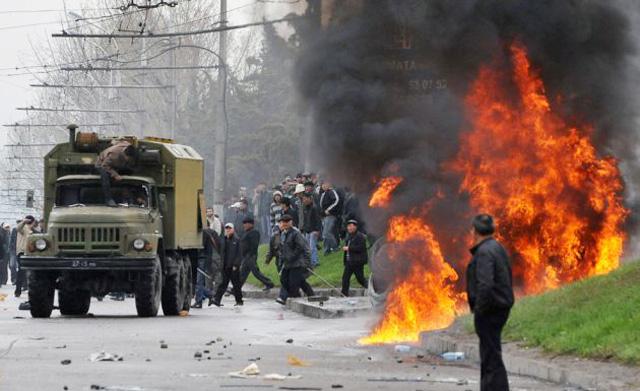 Россия не должна ошибиться в Киргизии