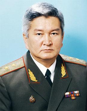 генерал КУЛОВ Феликс Шаршенбаевич