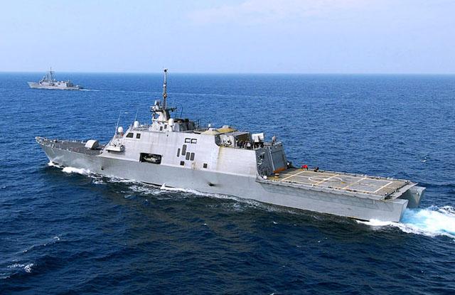 Первый «литоральный» боевой корабль США пришел в Сингапур.