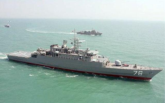 "Эсминец ВМС Ирана ""Джамаран"""
