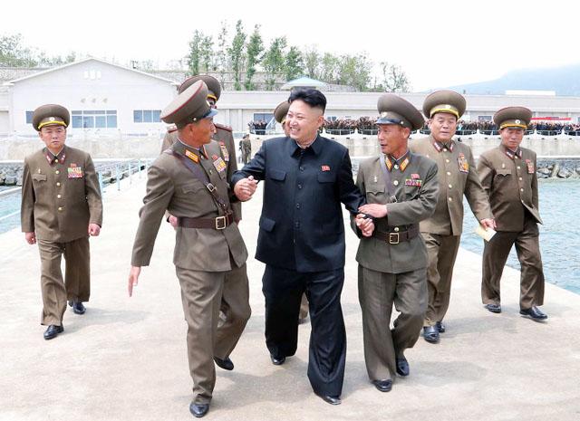 Ким Чен Ын приказал спрятать северокорейские военные корабли