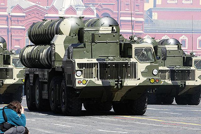 Россия, по некоторым данным, отказывается от поставок зенитно-ракетных комплексов С-300 в Сирию