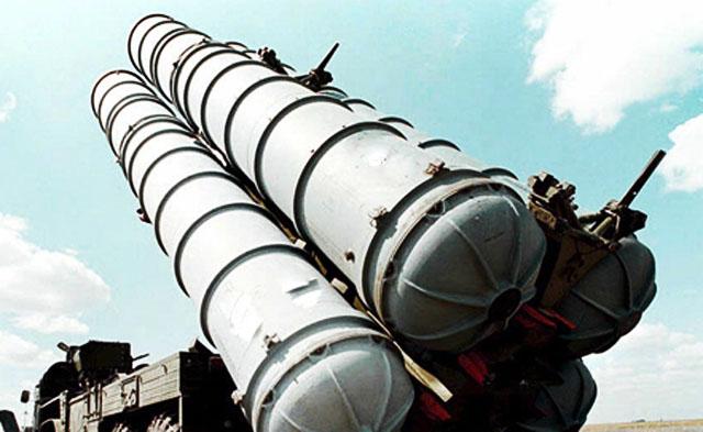 В Сирию поступила первая партия ракетных комплексов С-300