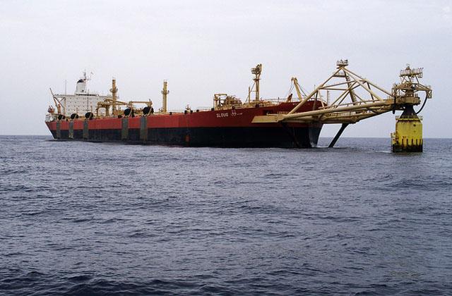 """В Ливии начинается """"танкерная"""" война"""