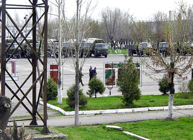 Киргизии нужны российские железные дороги и российская военная база в Оше