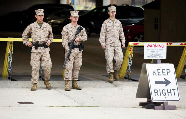 Массовое убийство на оборонном объекте потрясло столицу США
