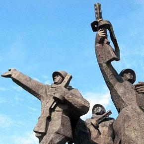 Новости 20.10.2013. Мэр Риги обещает, что не допустит сноса памятника Воинам-Освободителям