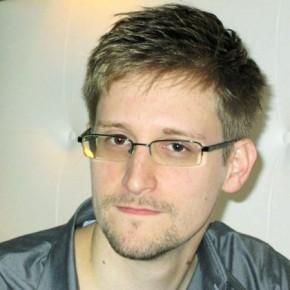Новости 25.10.2013. Сноуден располагает данными о разведдеятельности против России
