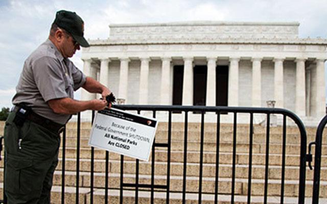 Новости 02.10.2013: Потери бюджета США могут составить 300 млн долларов в день