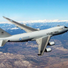 """США вновь взялись за разработку """"летающих боевых лазеров"""""""
