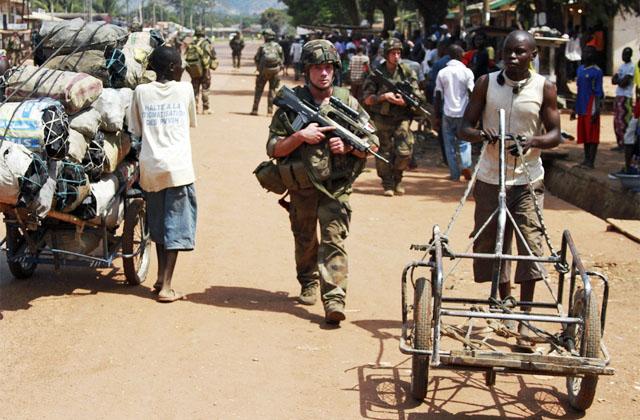 Франция призывает Евросоюз создать фонд для военных интервенций