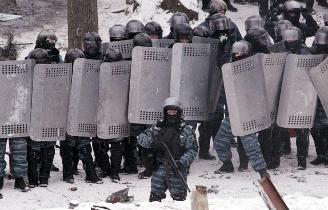 Новости 23.01.2014. Азаров: ситуация в Киеве находится под полным контролем властей