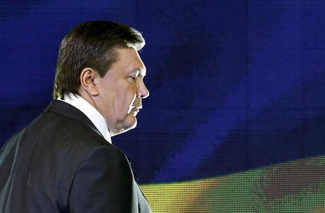 Новости 23.02.2014. Украинские пограничники не разрешили Януковичу вылететь на чартерном рейсе из Донецка