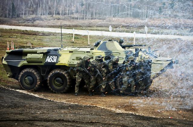 США и Россия во главе списка ведущих экспортеров оружия - СИПРИ