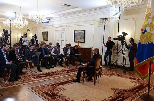 Новости 05.03.2014. Западные СМИ разглядели в ответах Путина след Бердяева