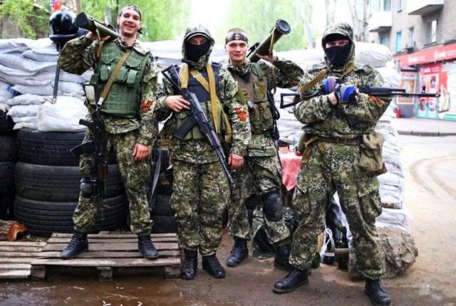 Действия России и размещение наблюдателей ОБСЕ на границах сводят к нулю шансы военной победы хунты