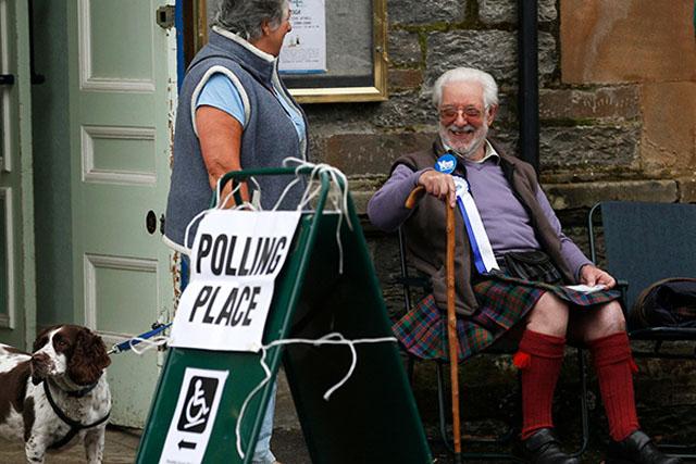 LENTA.RU. Чуров бы не одобрил. Референдум в Шотландии проходит по «экзотическим» для России правилам