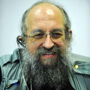 """Анатолий Вассерман, ведущий радио """"Комсомольская правда""""."""