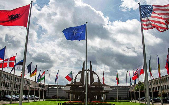 Новости 06.10.2014. Столтенберг: НАТО может размещать свои войска где угодно