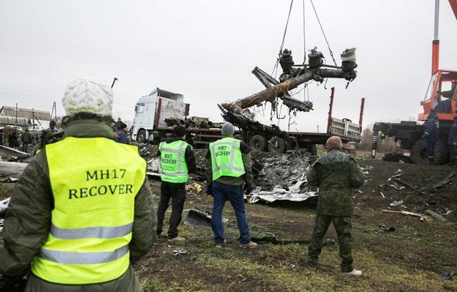 Новости 23.11.2014. Поезд с обломками разбившегося Boeing покинул территорию ДНР