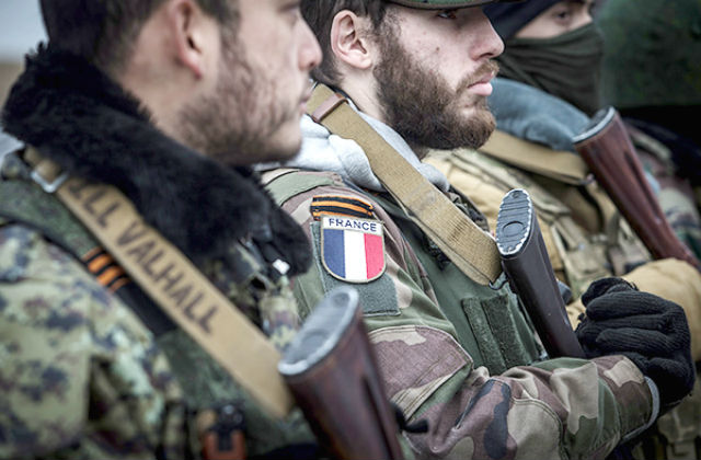 Бойцы интернационального отряда при бригаде «Призрак»: Станислав Красильников / ТАСС.