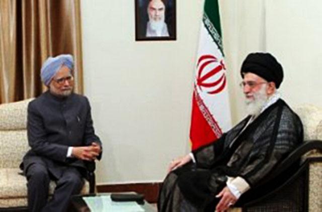 Встреча аятоллы Хаменеи с премьер-министром Индии М. Сингхом в 2012 году