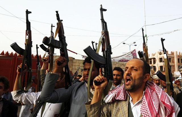 Новости 22.05.2015. СМИ: армия Йемена и хоуситы захватили военную базу на территории Саудовской Аравии
