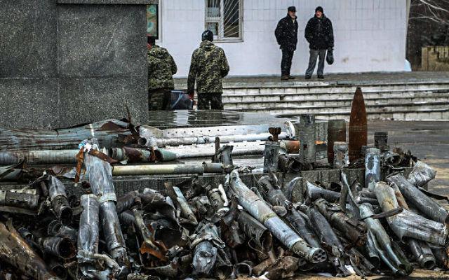 "РАДИО «Спутник». Украинские силовики в Донбассе: работа ""по площадям"""