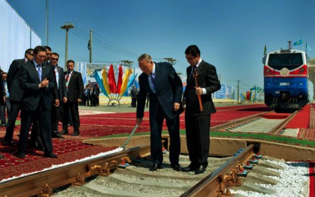 KURSIV.kz. Персидский недолив. Есть ли перспективы у железной дороги Казахстан-Туркменистан-Иран?
