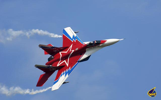 Опытный сверхманевренный самолет МиГ-29М ОВТ