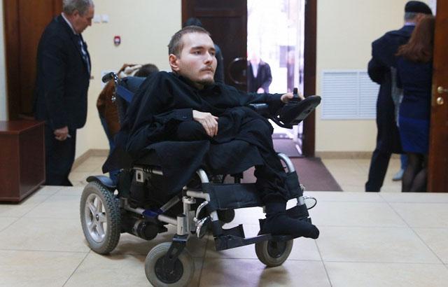Валерий Спиридонов готовится к пересадке своей головы на новое тело в декабре 2015 год