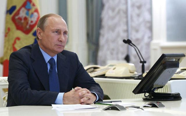 Новости 13.11.2015. Путин: военные вузы надо укомплектовать современной военной техникой