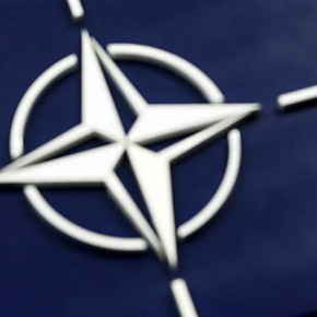 КОММЕРСАНТЪ. «Позиция НАТО — создать пояс изоляции России». Постпред РФ при НАТО прокомментировал вступление Черногории в альянс