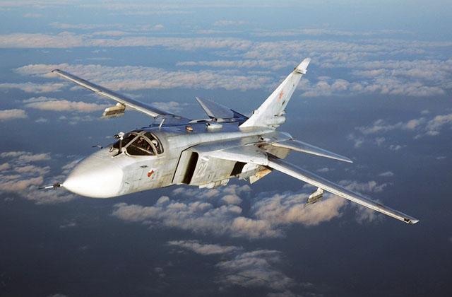 Су-24М в полёте