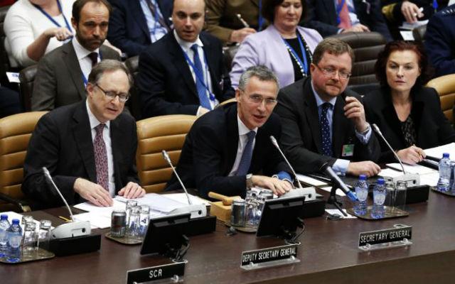 СВОБОДНАЯ ПРЕССА. НАТО: курс на гибридную войну. Что дает альянсу новая стратегия борьбы с Россией?