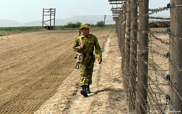 """Deutsche Welle (""""Немецкая волна""""). Таджикско-афганская граница: российских военных нужно вернуть?"""