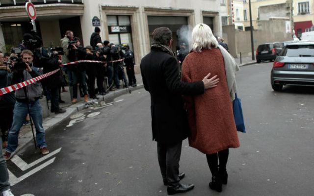Новости 04.01.2016. Charlie Hebdo к годовщине атаки нарисовали Бога-террориста