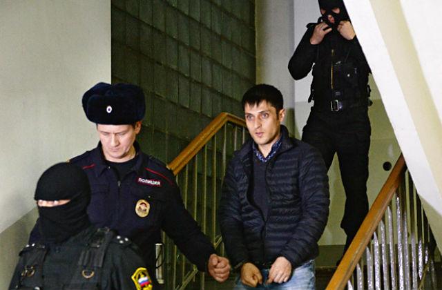 РУССКАЯ ПЛАНЕТА. Террористы вербуют гастарбайтеров. Российские силовики накрыли крупную ячейку «Хизб ут-Тахрир», которая проводила вербовку в Москве