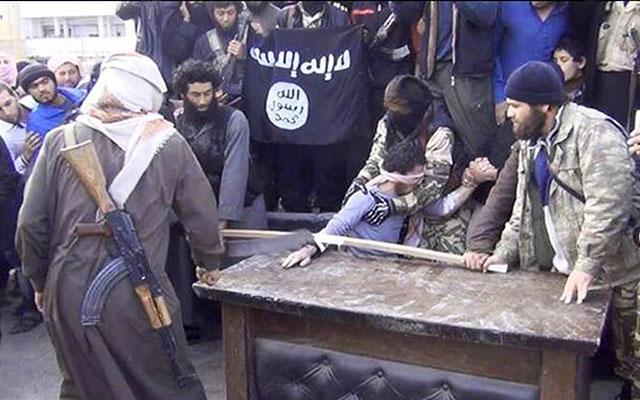 Отрубание конечностей в феврале 2014 года в «Вилаете Халеб (Алеппо)» «Исламского Ггосударства Ирака и Эш-Шама»: www.iimes.ru