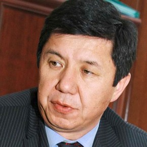 Киргизия при Т. Сариеве: Нужно иметь достоинство как карындашым или гордость как иним, а Кыргызстан показывает вялость, никчёмность и бестолковость